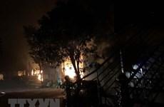 Quảng Nam: Cháy lớn thiêu rụi hoàn toàn ba nhà hàng trong đêm