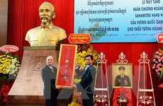 Truy tặng Huân chương của Campuchia cho Thiếu tướng Hoàng Thế Thiện