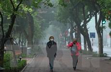 [Photo] Hồ Gươm vẫn thu hút du khách trong những ngày có dịch