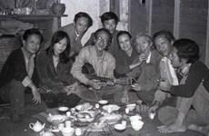 """""""Những người muôn năm cũ"""" - giới văn nghệ sỹ Việt nổi tiếng một thời"""