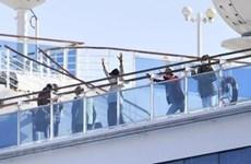 Anh điều máy bay chở công dân trên du thuyền Diamond Princess về nước