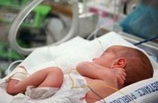 Ukraine: Hơn 100 trẻ ra đời qua mang thai hộ chưa thể về với bố mẹ