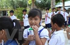 Gần 55.000 trẻ em tỉnh Trà Vinh được uống sữa học đường