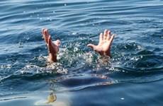 Quảng Ninh: Rủ nhau ra bãi biển, một bé gái tử vong vì đuối nước