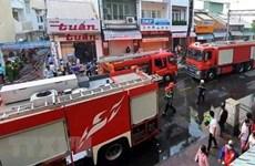 Bình Thuận: Cứu sống 5 người trong căn nhà khóa cửa bị cháy