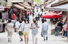 Hàn Quốc kéo dài giãn cách xã hội, Hong Kong gia hạn xét nghiệm