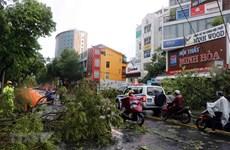 Thủ tướng Lào điện thăm hỏi nhân dân Việt Nam bị ảnh hưởng bão Noul