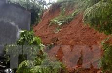 Nước lũ lên cao, Lào Cai sơ tán người dân ra khỏi khu vực nguy hiểm
