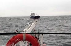TP.HCM: Cứu hộ thành công 2 ngư dân gặp nạn trên sông Soài Rạp