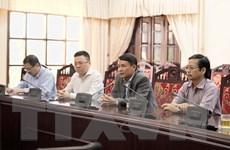 TTXVN hỗ trợ người dân Thừa Thiên-Huế khắc phục hậu quả mưa lũ