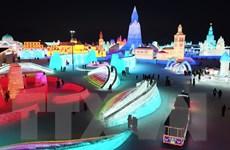 [Photo] Trung Quốc: Lung linh Lễ hội băng đăng 2021 ở Cáp Nhĩ Tân
