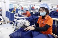 Doanh nghiệp dệt may ra quân sản xuất phù hợp với tình hình mới