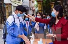 Học sinh Thanh Hóa, Vĩnh Long, Cần Thơ đến trường sau nghỉ phòng dịch