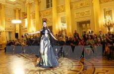 [Photo] Ấn tượng áo dài Việt Nam qua ống kính của nữ nhiếp ảnh gia Nga
