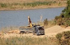 Đắk Nông chỉ đạo xử lý khai thác cát trái phép sau phản ánh của TTXVN