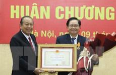 Nguyên Bộ trưởng Nội vụ Lê Vĩnh Tân nhận Huân chương Độc lập hạng Nhì