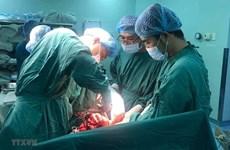 Mẹ con sản phụ bị đột quỵ não được cứu sống sau hai cuộc phẫu thuật