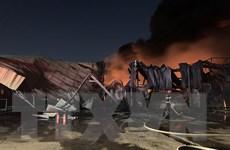 Cháy lớn ở công ty sản xuất giấy, 1.200m2 nhà xưởng bị thiêu rụi