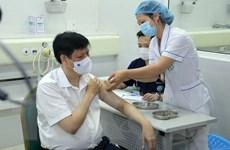 [Photo] Bộ trưởng và 3 thứ trưởng Bộ Y tế tiêm vaccine phòng COVID-19