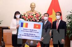 Việt Nam tiếp nhận 300.000 liều vaccine do Romania trao tặng