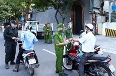 Công an Thủ đô vừa tăng xử lý vi phạm chống dịch vừa đảm bảo an ninh
