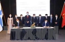 Chủ tịch Quốc hội chứng kiến lễ ký hợp đồng giữa DN Việt Nam-Phần Lan