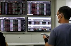 VN-Index vượt 1.350 điểm tại phiên quỹ ETF hoàn thành cơ cấu danh mục