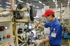 Phó Thủ tướng Vũ Đức Đam kiểm tra hoạt động sản xuất ở Thủ Đức