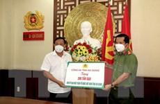 An Giang: Trao 220 tấn gạo, rau đến điểm cách ly cho người dân về quê
