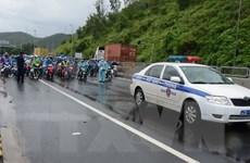 Nhiều hoạt động hỗ trợ người dân trên đường về quê từ vùng dịch