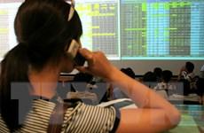 """VN-Index giằng co tại mốc """"lịch sử"""", giá trị giao dịch 8.080 tỷ đồng"""