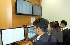 Nhóm cổ phiếu trụ cột bị bán ra, VN-Index giảm 5,21 điểm