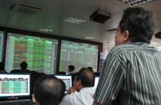 Tháng Tám: Nhà đầu tư nước ngoài bán ròng 1.700 tỷ đồng trên HoSE