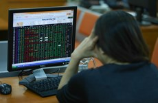 VN-Index đứng trước áp lực chốt lời tại vùng 1.325-1.350 điểm