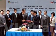 """Microsoft """"bắt tay"""" VNISA tăng cường bảo mật an toàn thông tin"""