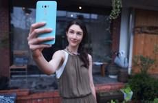 """Smartphone có camera trước """"cực khủng"""" của Asus chính thức lên kệ"""