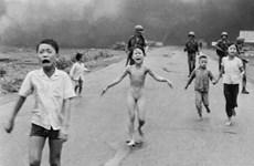 Facebook lên tiếng về việc gỡ bỏ bức ảnh lịch sử em bé Napalm