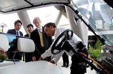 FPT 'khoe' công nghệ xe tự hành với lãnh đạo Bộ nội vụ Nhật Bản