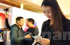 Hàng ngàn iPhone X chính hãng đã đến tay người dùng Việt Nam