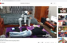 Vụ Khá Bảnh: YouTube 'đồng lõa' cho clip nội dung độc hại tung hoành?
