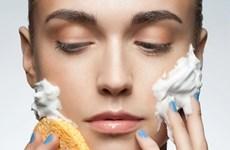 Tám lưu ý khi rửa mặt để có làn da khỏe mạnh, tươi sáng
