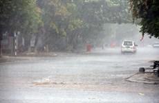 Hà Nội mưa dông trên hầu khắp địa bàn, đề phòng gió giật mạnh