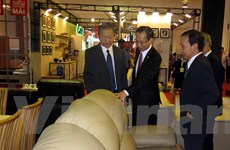126 doanh nghiệp tham gia Hội chợ đồ gỗ và trang trí nội thất