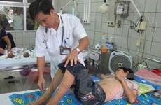 Cứu sống bé trai bị nhiễm trùng huyết nặng do vết xước ngoài da
