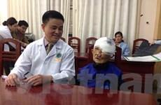 Bà cụ có khối u khổng lồ 3kg trên mặt đã phẫu thuật thành công