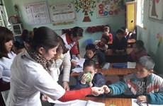 700.000 học sinh tiểu học ở miền núi được tẩy giun miễn phí