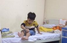 Chuyện mẹ con cậu bé 7 tuổi đấu tranh với bệnh tan máu bẩm sinh