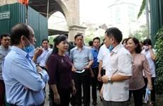 Bộ trưởng Bộ Y tế thị sát công tác chống dịch sốt xuất huyết ở Hà Nội