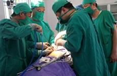 Ca phẫu thuật nội soi đầu tiên tiến hành tại huyện đảo Cô Tô