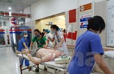 [Photo] Nhiều bệnh nhân cấp cứu vì sốc nhiệt do nắng nóng